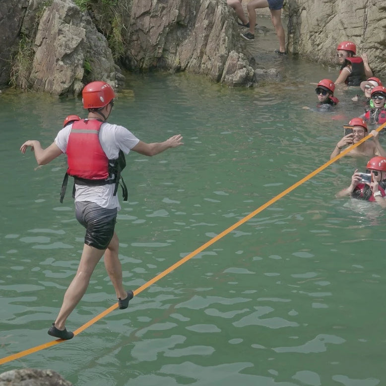3.5-Hour Canyoning and Slackline Tour