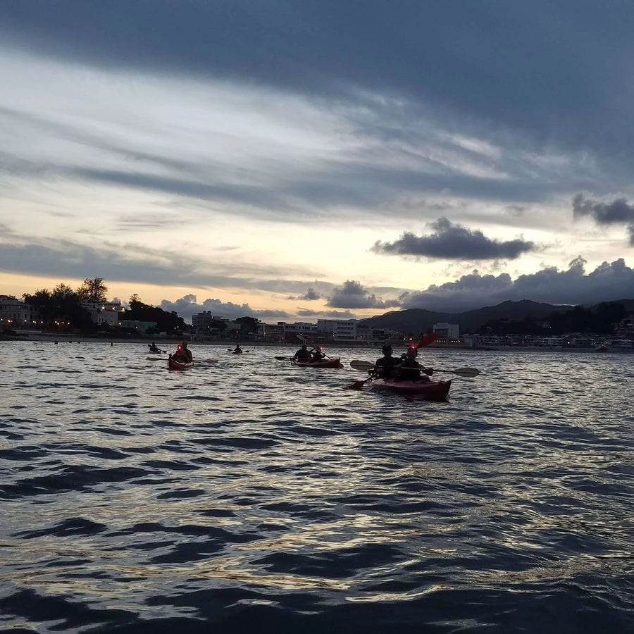 Cheung Chau Night Paddle Tour by A-Team Edventures