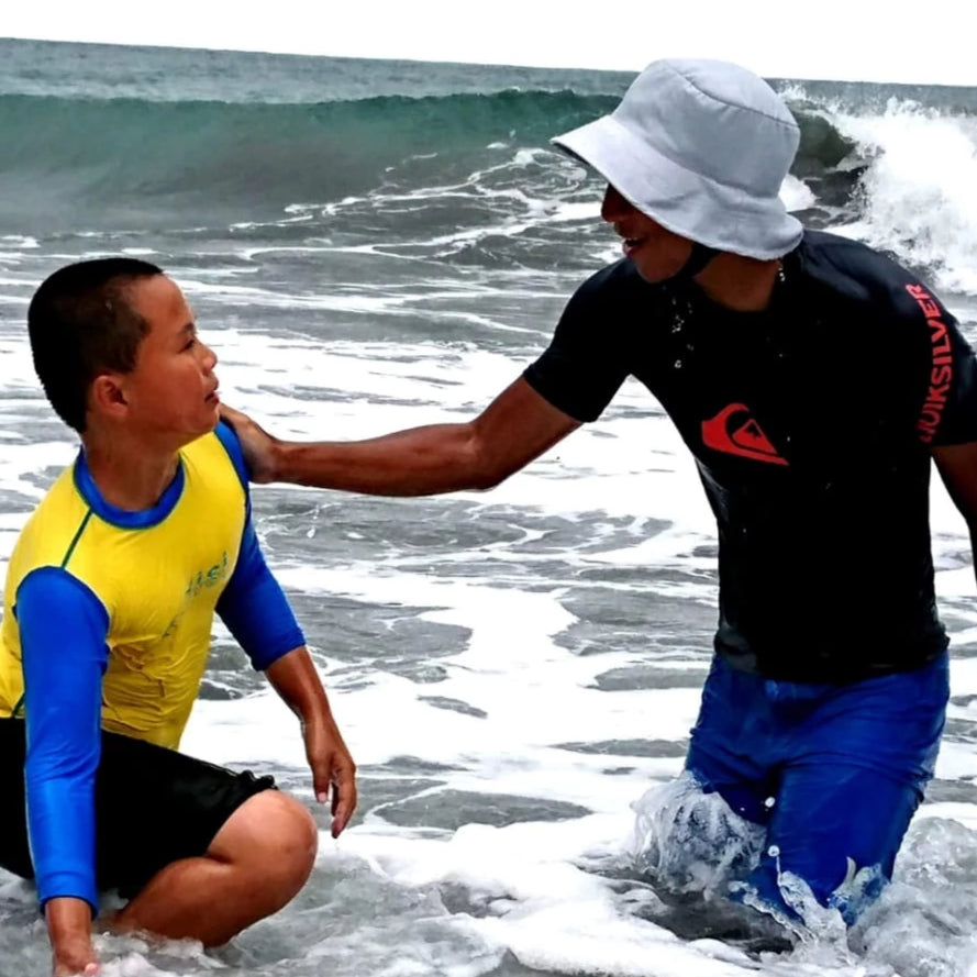 1-Hour Surfing Lesson (Big Wave Bay)