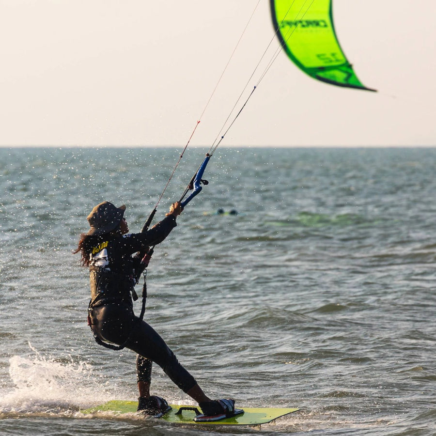 [Certificate] 4-Hour Advance Kiteboarding Lesson