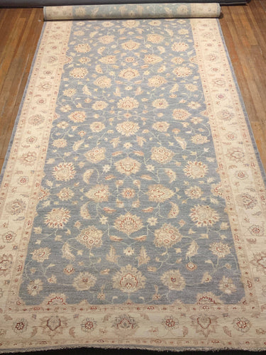 Natural Dyes/Hand Spun Wool Palace Mahal Rug 19.'4