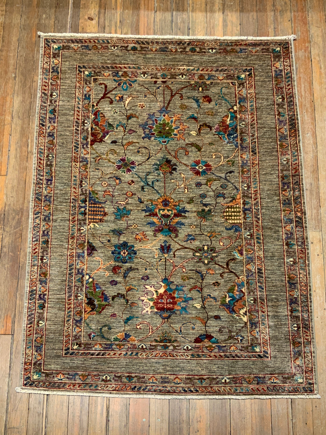 Natural Dyes/Hand Spun Wool Tabriz Rug 5'.8