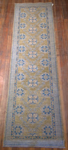 "Fine Arts and crafts Rug.  10'.5"" x 3'"