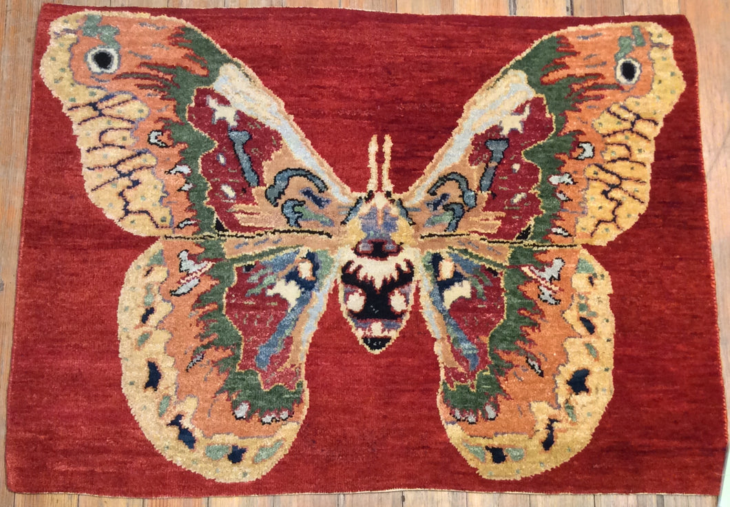 Butterfly Rug. 3'.1