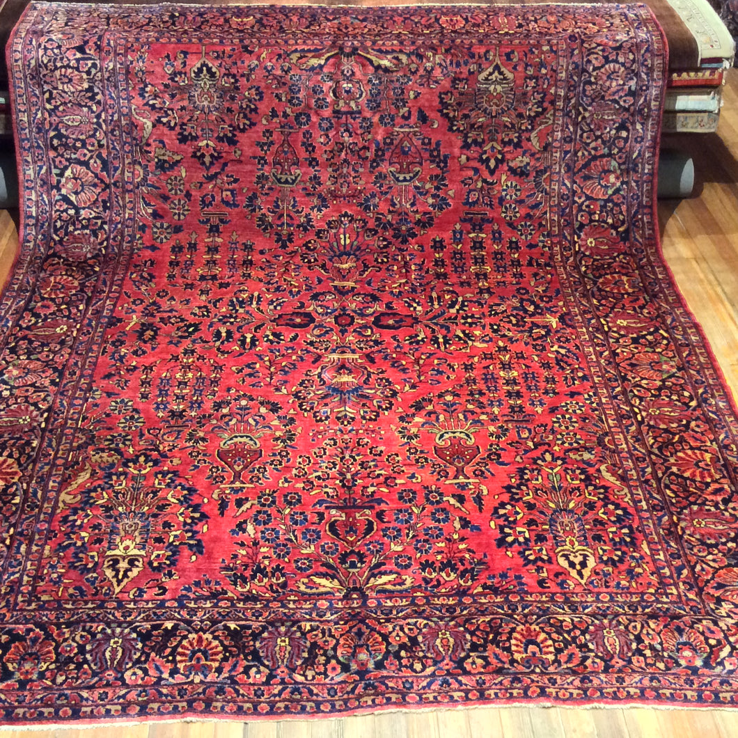 Antique Persian Sarouk Rug. 12' x 9'.2
