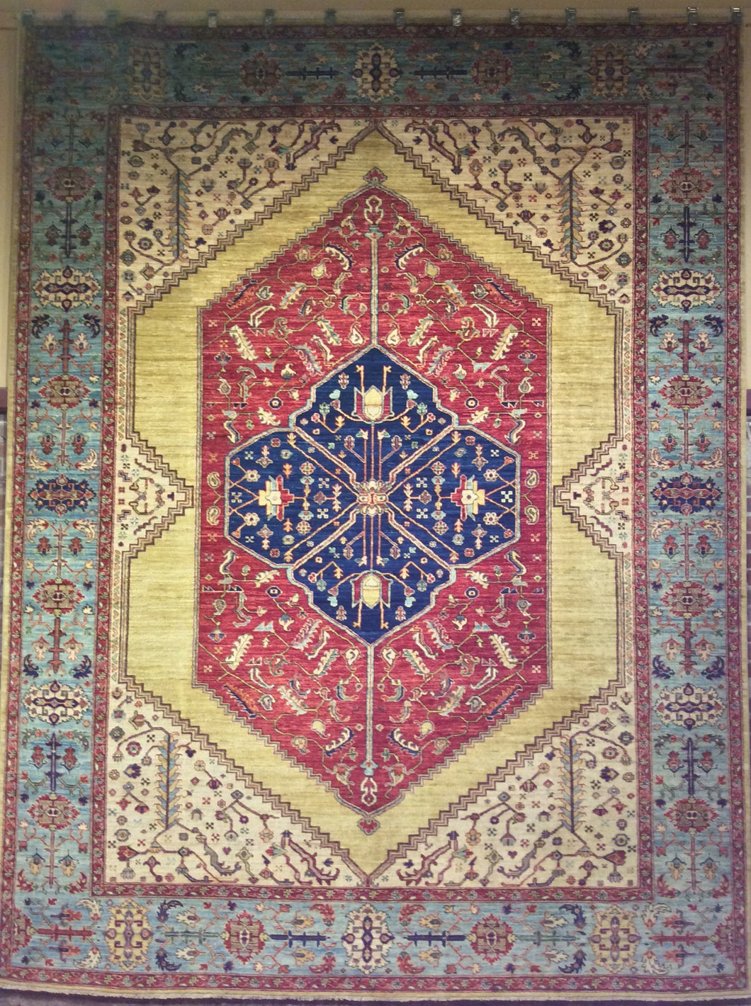 Tribal Sarapi Rug. 12' x 9'.1