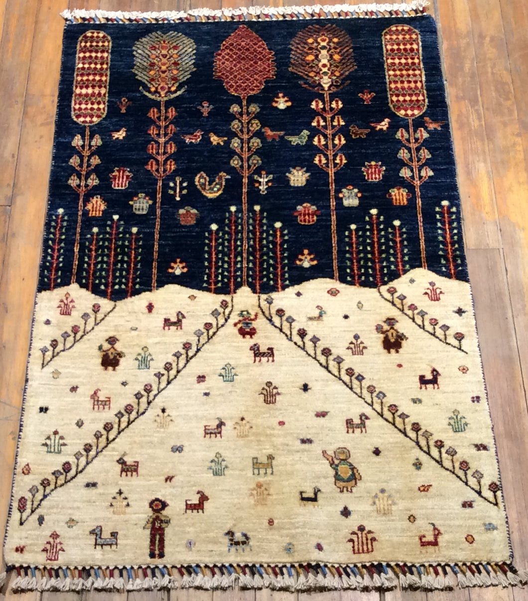 Village Arts and Crafts Rug.  5' x 3'.2
