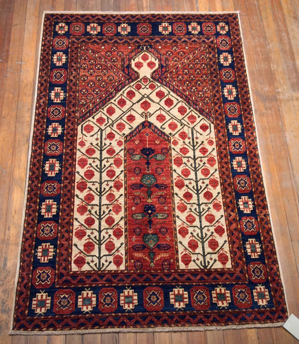 Tribal Kholton Prayer Rug. 6'.8