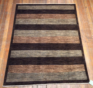 "Arts and crafts Rug.  6'.8"" x 5'"