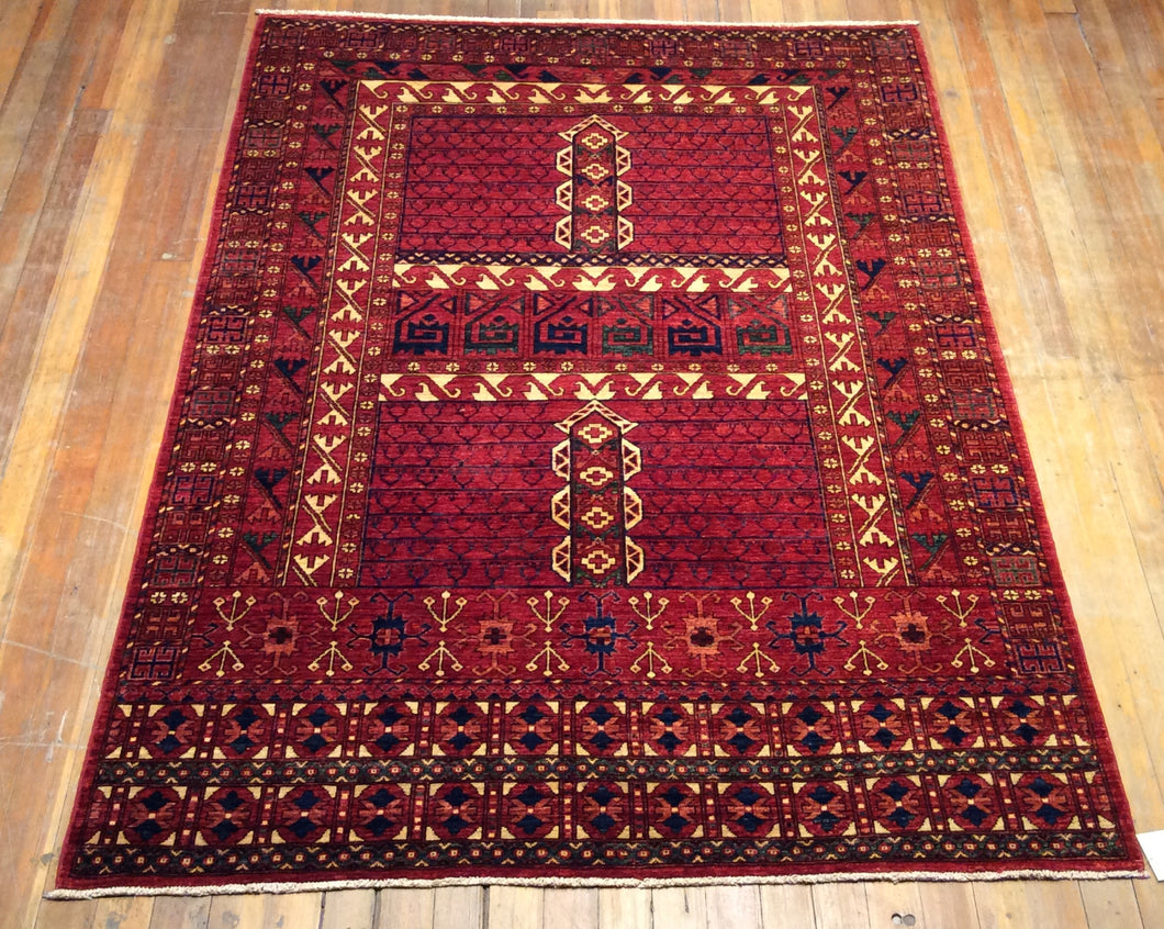 Tribal Chaudor Rug.  7'.7