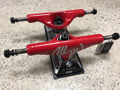 SILVER M-CLS HOLLOW RED Trucks 8.0 Set
