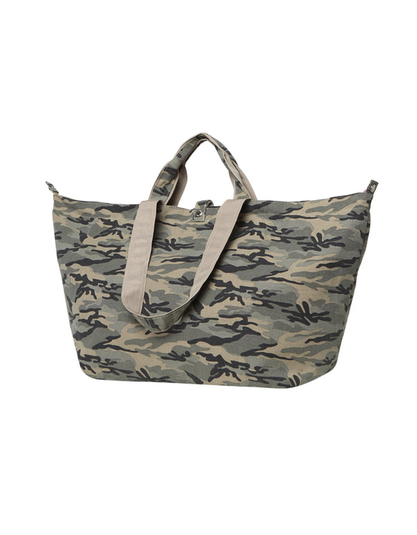 large bag with zipper camouflage print