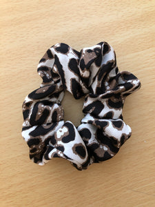 LIGHT CHEETAH Scrunchie