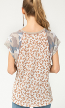 Load image into Gallery viewer, Star Camo Leopard Tee