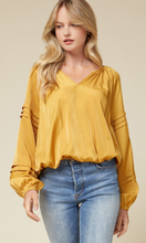 Load image into Gallery viewer, Satin V-Neck Top