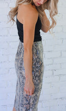 Load image into Gallery viewer, Snakeskin Pencil Skirt
