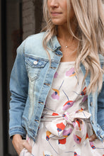 Load image into Gallery viewer, Kinsley Denim Jacket