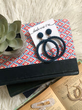 Load image into Gallery viewer, Audrey Navy Bead Hoop