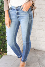Load image into Gallery viewer, **Mazey Skinny Denim