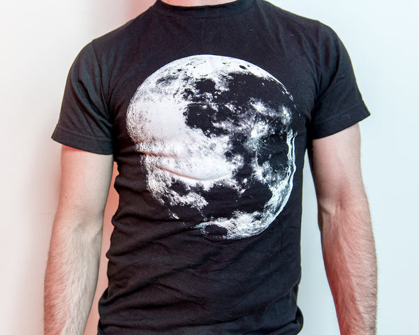 Full Moon T-shirt  (XS-4X)