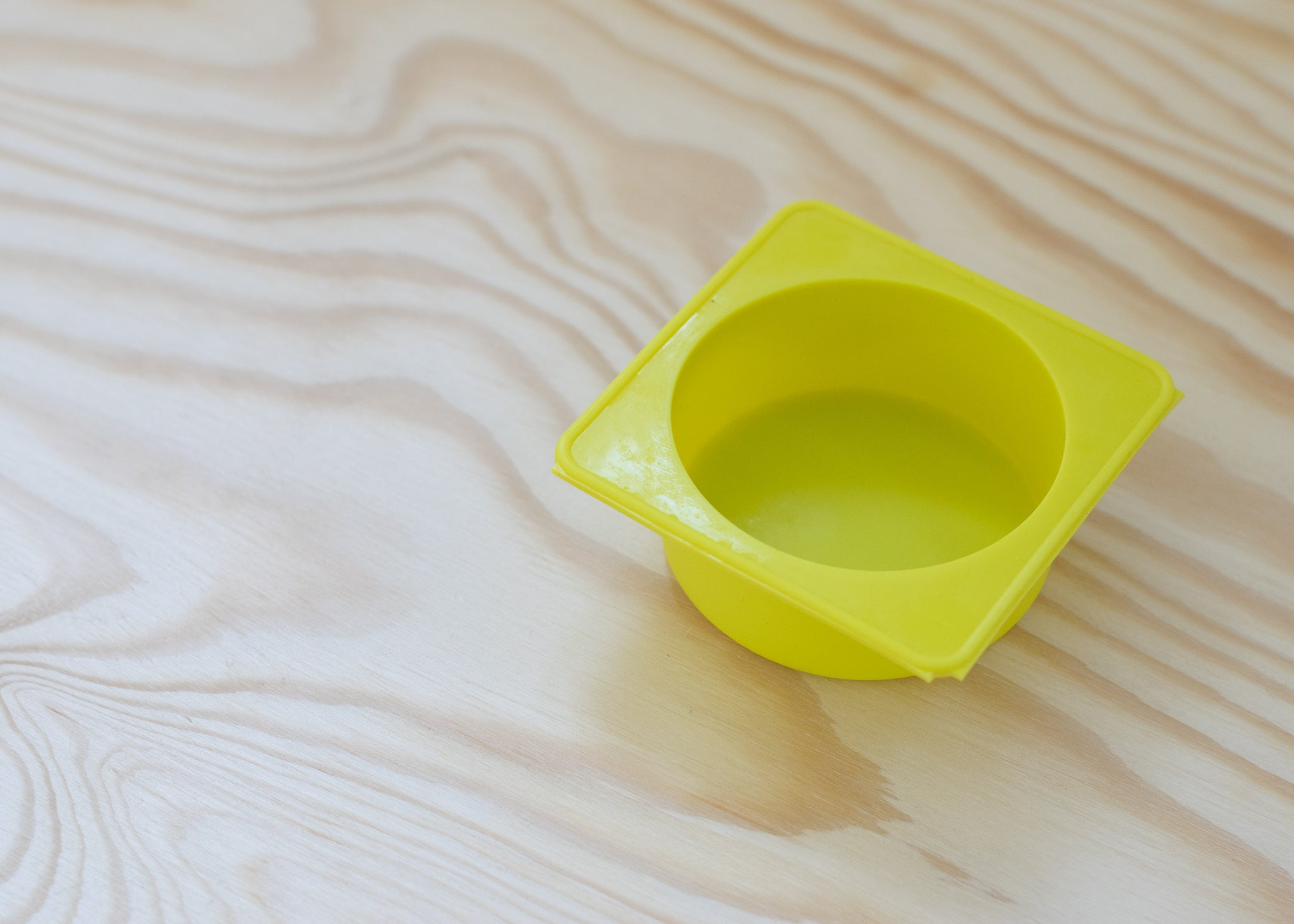 yellow silicone mould