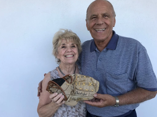 40 Years Later, She Found Her Son's Baseball Mitt at a Thrift Store 1,000 Miles Away