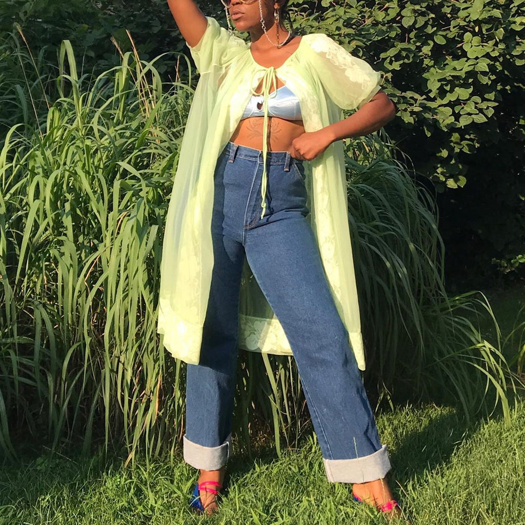 Top 20 Instagram Accounts to Follow Right Now for Thrift and Vintage