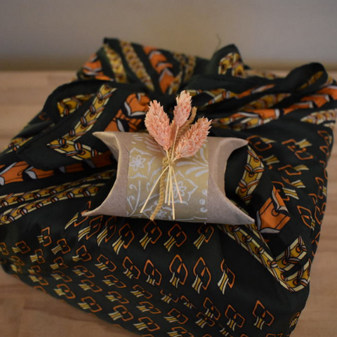 toilet paper tube gift wrapping idea