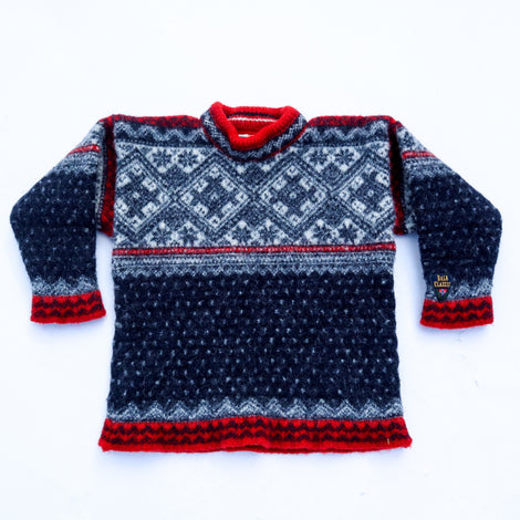 Vintage 70s/80s Dale of Norway Shrunken Sweater