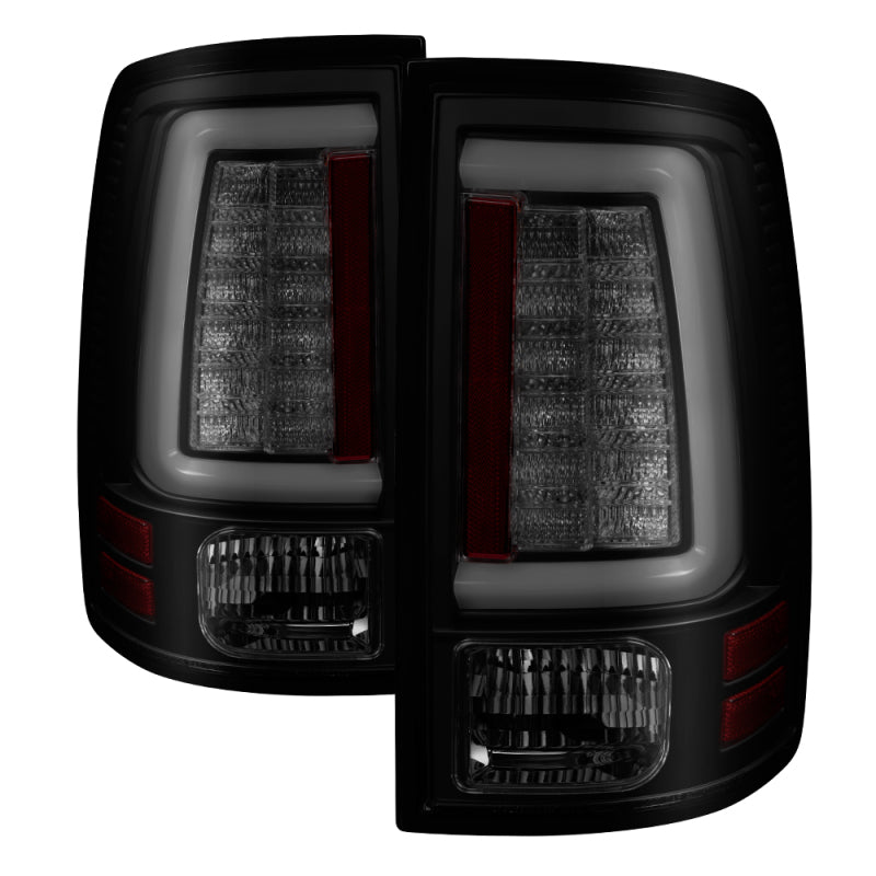 Spyder 13-14 Dodge Ram 1500 Light Bar LED Tail Lights - Black Smoke ALT-YD-DRAM13V2-LED-BSM