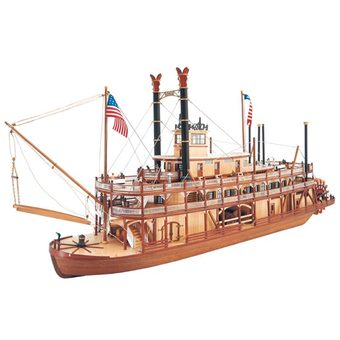 Mississipi Paddlewheel Steamboat 1/80th scale kit, 660mm long