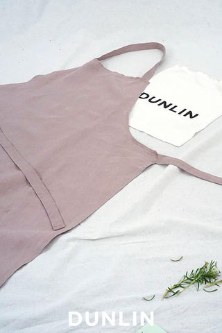 Dunlin Full Linen Apron in Dusty Pink