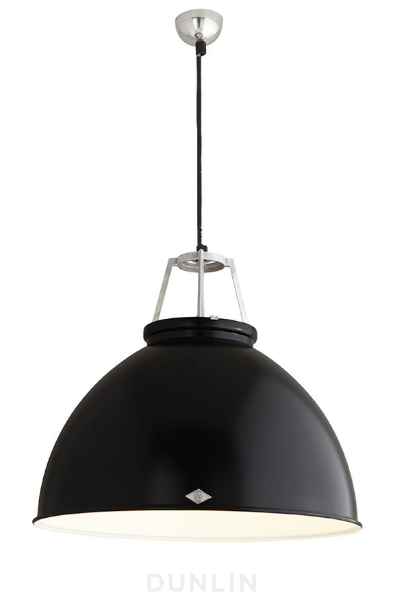 Titan 5 Pendant Light. Black