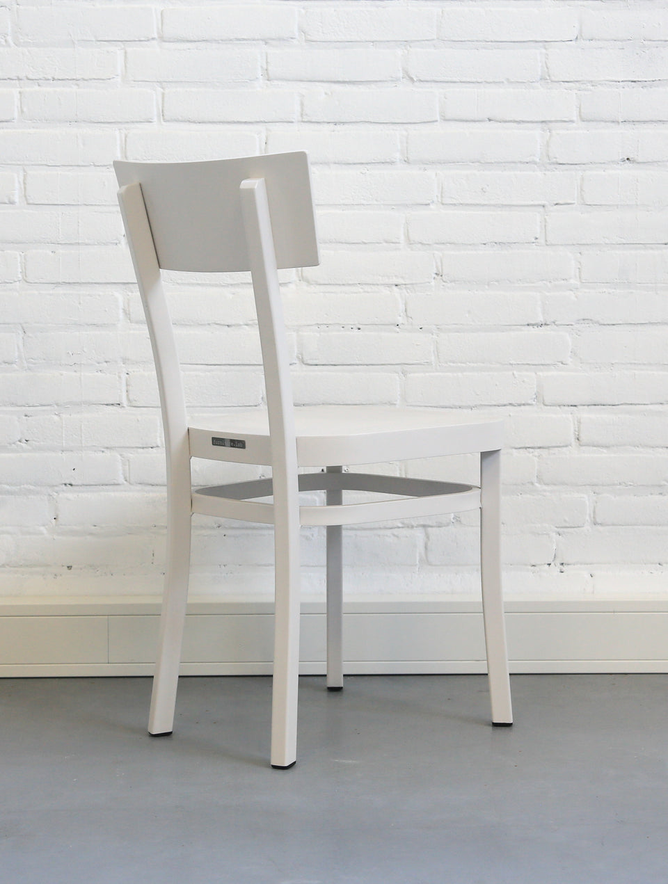 Icon II chair
