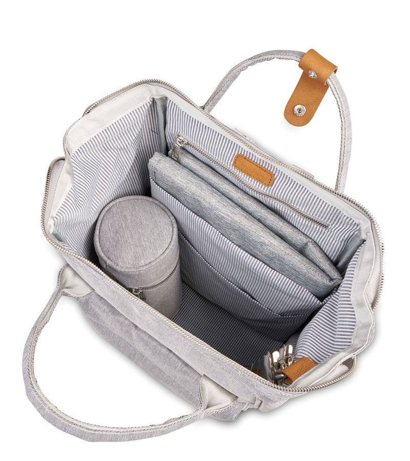 bb81-001-bababing-mani-backpack-grey-inside-image