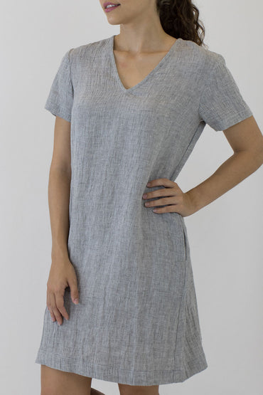 V NECK SHORT SLEEVE DRESS-front