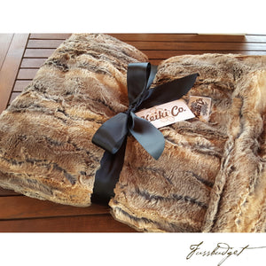 RED WOLF COUTURE THROW-Fussbudget.com