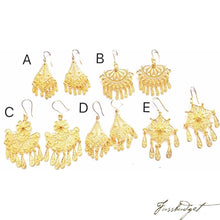 Load image into Gallery viewer, Chandelier Bebe Earrings