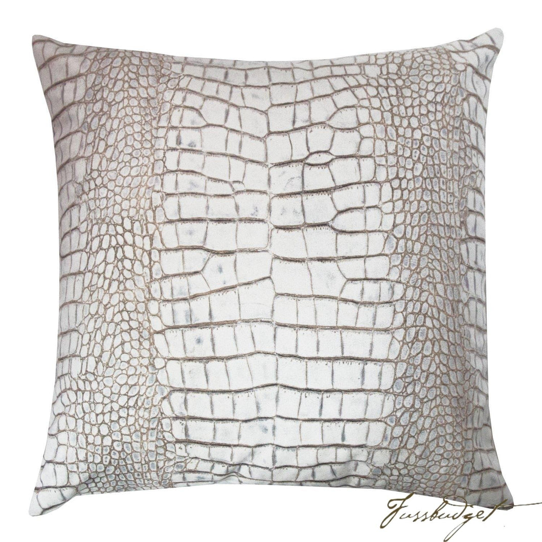 Ferris Pillow - Bone-Fussbudget.com