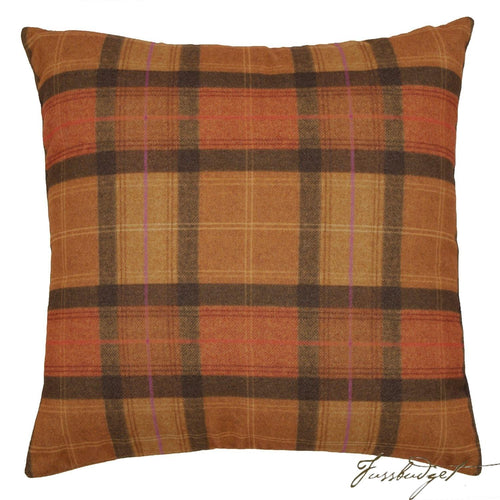 Nancy Pillow - Orange-Fussbudget.com
