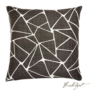Oliver Pillow - Brown-Fussbudget.com
