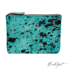 Load image into Gallery viewer, Bailey - Cowhide Leather Pouch - Capri-Fussbudget.com