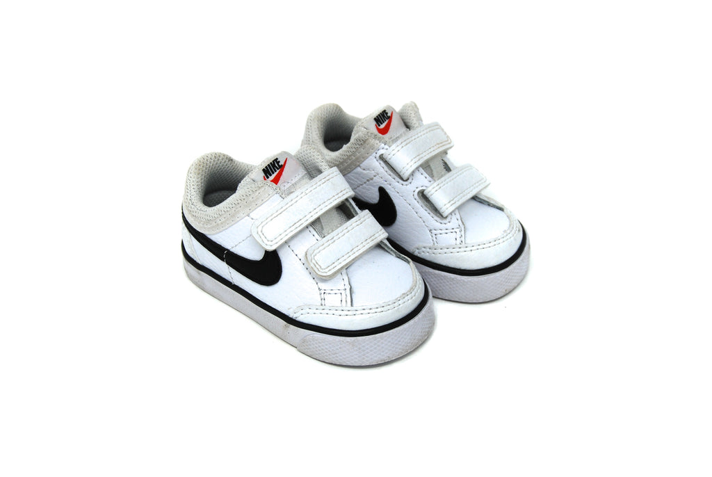Nike, Baby Boys/Girls Trainers, Size 18