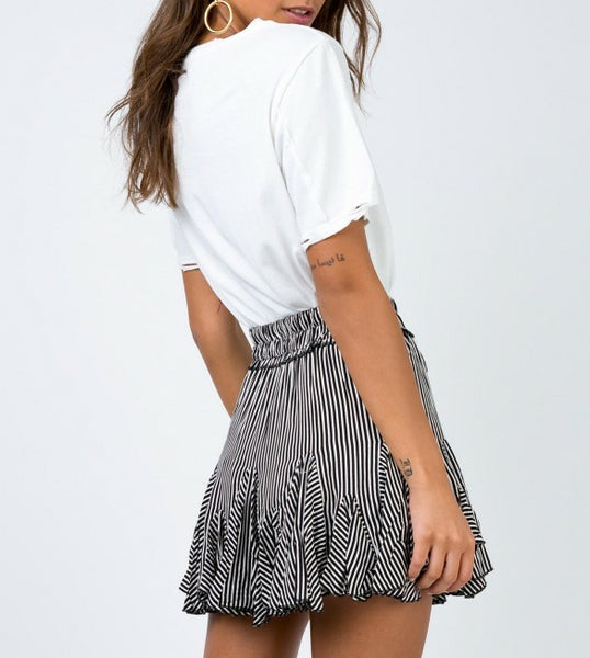 Wholesale WALK THE LINE MINI SKIRT N610 - WinkGalB2B