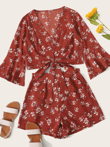 Wholesale Ditsy Floral Flounce Sleeve Knot Hem Top With Shorts N1161 - WinkGalB2B