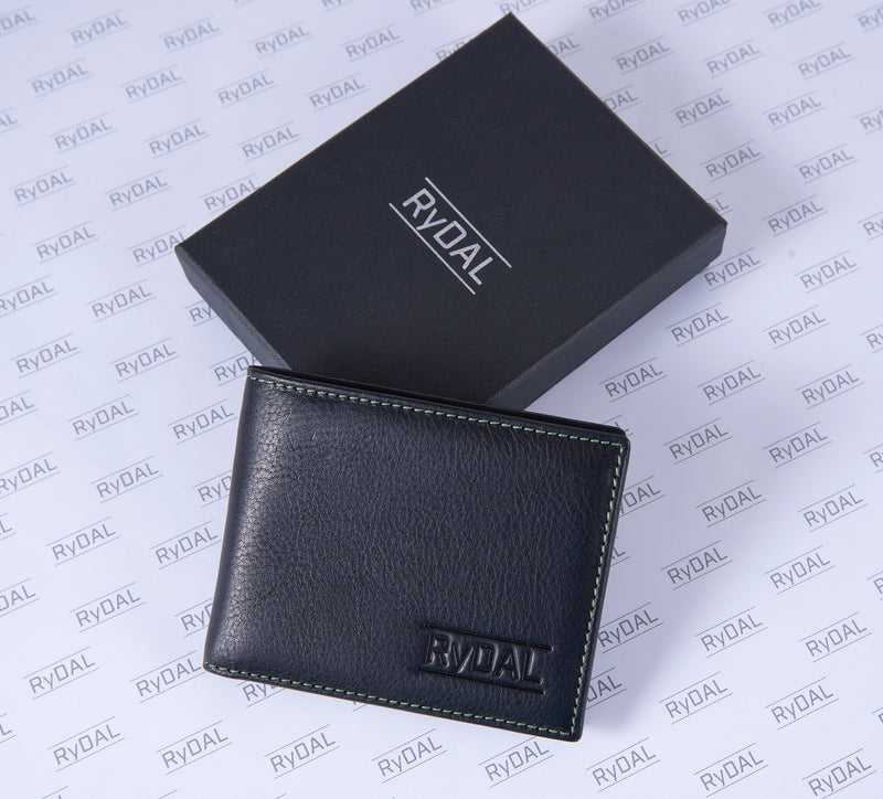 Solaia Mens Leather Wallet from Rydal in 'Black/Green' with box.
