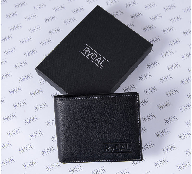 Solaia Mens Leather Wallet from Rydal in 'Black' with box.