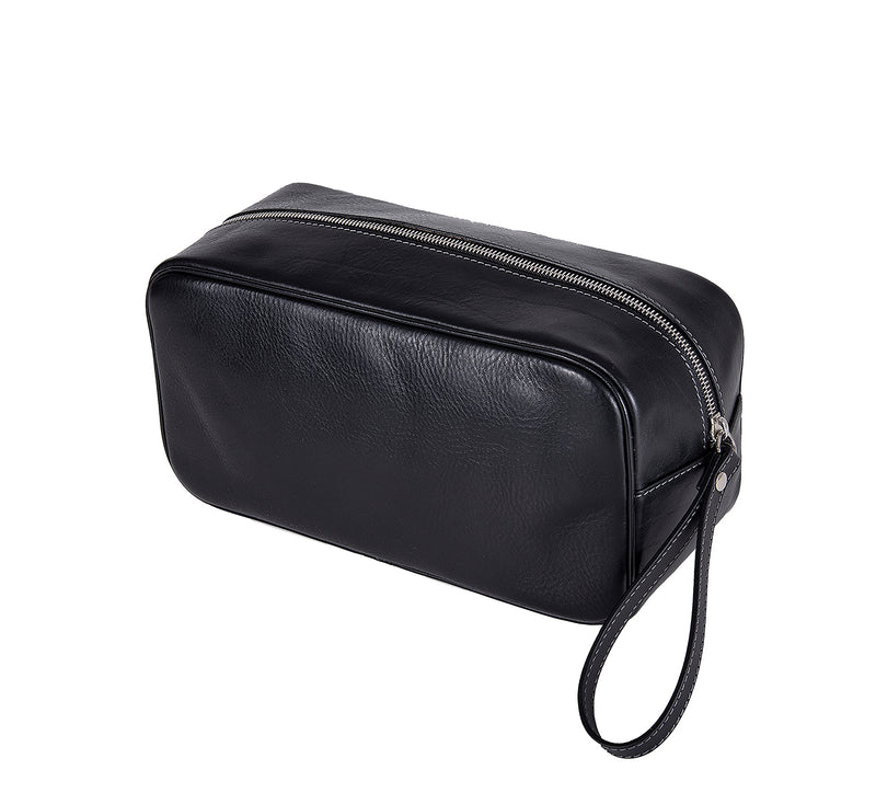 The Monterey Mens Leather Wash Bag from Rydal in 'Black' showing zip.