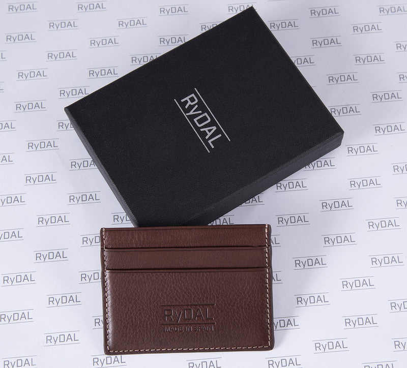 Maiano Mens Leather Card Holder in 'Dark Brown' with box. Italian Leather. RFID protection.