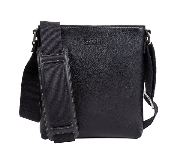 The Lucca Mens Leather Shoulder Bag from Rydal in 'Black'.